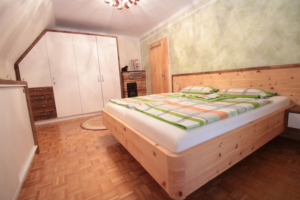 Schlafzimmer ALPE 01